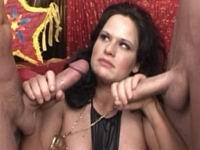 groot strippers ballen zuigen